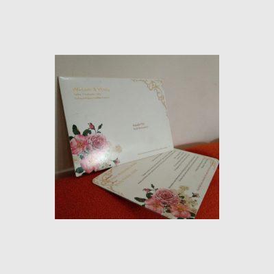 undangan ekslusif dengan bunga
