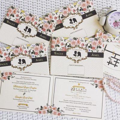 ukuran undangan pernikahan keren