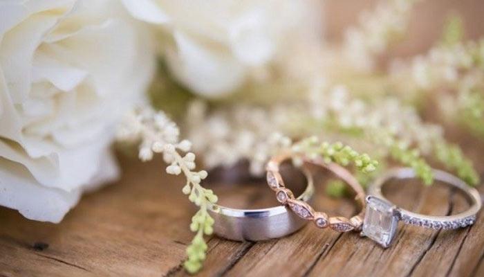 contoh puisi pernikahan sederhana