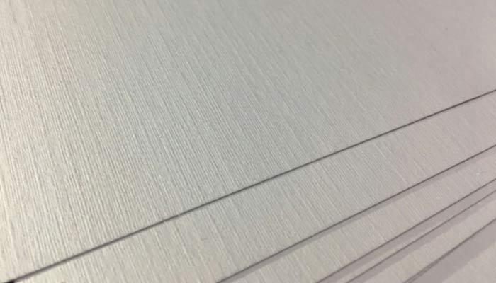 karakteristik kertas linen