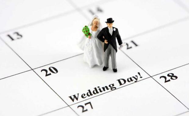 menentukan hari pernikahan